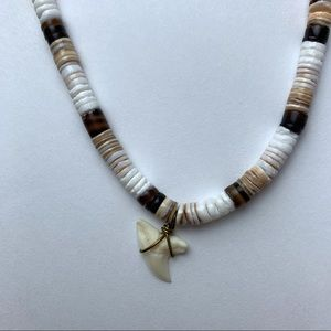 Shark tooth shell necklace, 18""